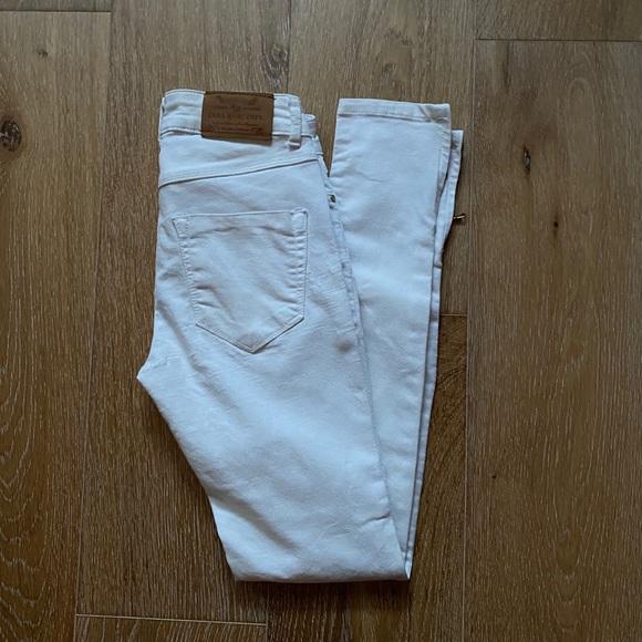 Zara white jeans 2